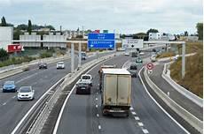 autoroute clermont ferrand lundi c est reparti pour deux ans de travaux sur l