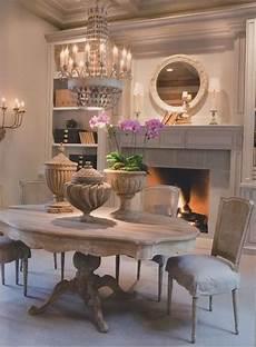sala da pranzo in francese pin di tamara boccia su camini mobilier de salon salle