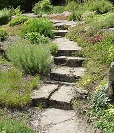 Ideen Mit Mauern Und Treppen Living At Home