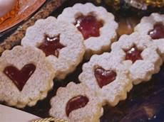 Weihnachtspl 228 Tzchen Mit Marmelade Rezept Eat Smarter
