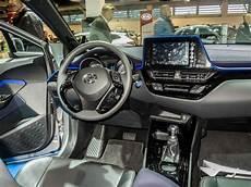 Toyota C Hr Innenraum Der Neue Crossover Toyota
