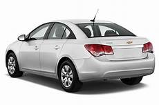 Chevy Cruze Review 2013 2013 chevrolet cruze reviews and rating motor trend