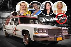 Ghostbusters 2016 Besetzung - ghostbusters remake cadillac fleetwood leichenwagen