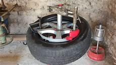 fabriquer une equilibreuse pour roue de voiture d 233 monte pneu manuel manual tire changer vid 233 o 3