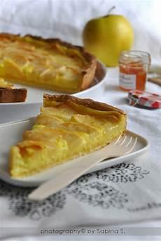 crema pasticcera con 2 tuorli due bionde in cucina crostata di mele con crema pasticcera