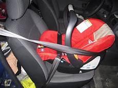 bébé dos à la route siege auto dos a la route jusqu a quel age consommable