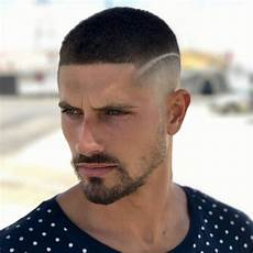 coiffure homme 2018 degrade avec trait hairstyles