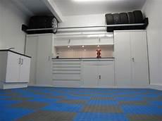 mensole per garage come organizzare lo spazio in garage