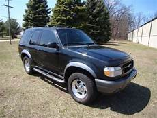buy used make an offer 2000 ford explorer sport sport