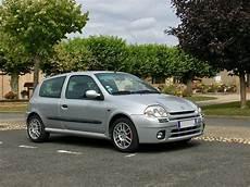 A Vendre Renault Clio Rs Ph1 Quot Shiftlight Capot Alu Quot Gris