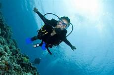 become a scuba hero one dive at a time dive in scuba magazine