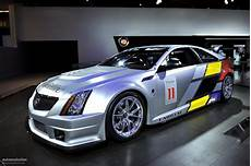 cts race cars nyias 2011 cadillac cts v race car live photos