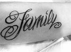 tattoos familie vorlagen 100 family tattoos for commemorative ink designs