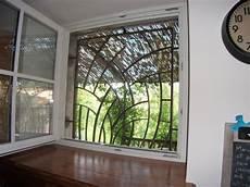 grilles protection fenetres fer forgé cuisine grille de d 195 169 fense fer forg 195 169 id 195 169 es pour la
