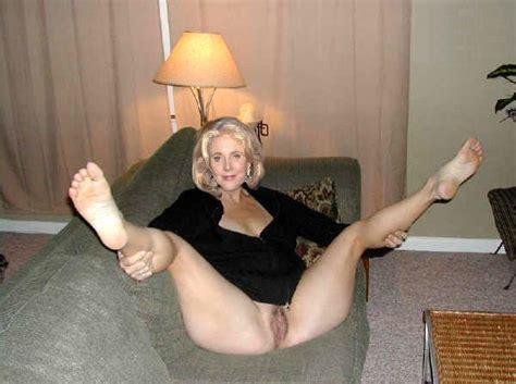 Blythe Danner Nude
