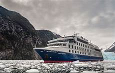 cruise ship review ventus australis