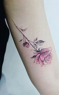 30 Simple And Small Flower Tattoos Ideas For