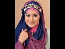 Model Kerudung Wisuda Ala Dian Pelangi Syar I
