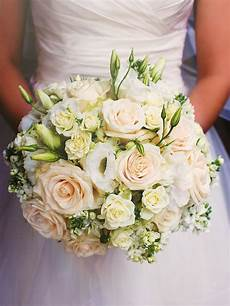 20 white wedding bouquet ideas