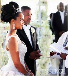 lisa raye wedding big bun hairstyle thirstyroots com