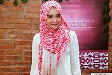 Model Jilbab Zaskia Sungkar Rahasia Model Jilbab Cantik