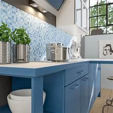 küchenfronten streichen farbe diy anleitung k 252 che selbst mit neuer farbe streichen und