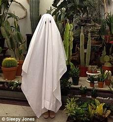 would you spend 200 on a ghost costume designer sleepwear brand offers 600 thread count sheet