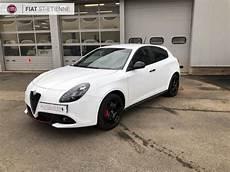 Voiture De Direction Alfa Romeo Giulietta Vente V 233 Hicule