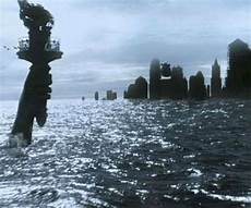 pin by thedisasterist on best disaster flicks in 2019 apocalypse art post apocalyptic sunken