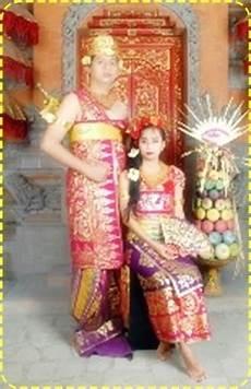 Foto Baju Adat Bali Dan Sedikit Penjelasan