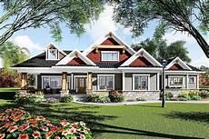 ranch craftsman house plans plan 890050ah eye catching craftsman ranch house plan