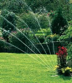 Gardena Vielflächen Versenkregner - gardena 174 sprinklersystem vielfl 228 ch gartenbew 228 sserung