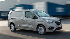 new opel combo voted international of the year 2019
