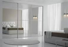 porte de placard miroir portes coulissantes en miroir vos mentions j aime sur