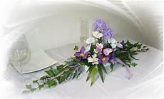 gestecke mit hortensienblüten gesteck sommer blumenwiese gesteck sommer blumenwiese