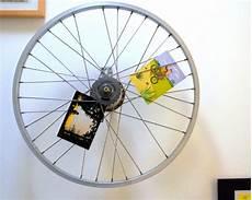 deko aus fahrradteilen 25 upcycling ideen mit fahrradteilen neues leben f 252 rs