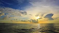 Kumpulan Gambar Laut Yang Indah