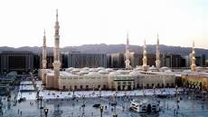 jeddah travel guide info restaurants prices shopping nightlife festivals