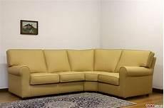 divani angolari tondi divano classico in tessuto floreale ad angolo bingo