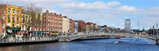 Mietwagen Dublin Flughafen Ab 5 Billiger Mietwagen De