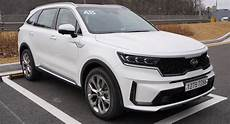 kia sorento 2021 early review of 2021 kia sorento has good things to say
