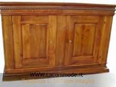 credenze in legno classiche la commode credenze madie classiche artigianali in legno