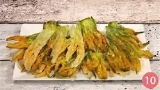 come cuocere i fiori di zucca ricetta fiori di zucca in pastella fritti consigli e
