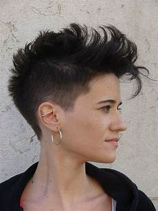 short cute mohawk hairstyles for women find more www excellenthairstyles com
