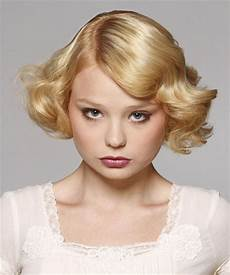 hairstyles for wavy short hair short hairstyles 2018