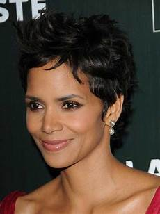 20 best halle berry short curly hair short hairstyles haircuts 2018