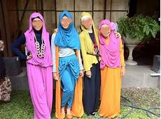 Antara Jilbab Syuhrah Dan Jilbab Syar I Risalah Islam