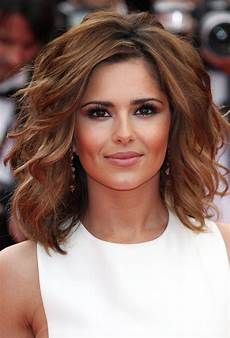 21 best short to medium length hairstyles feed inspiration