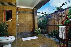 33 outdoor bathroom design and ideas inspirationseek