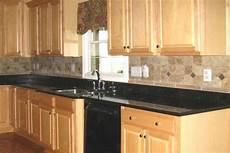 Kitchen Backsplash Black Countertop by Kitchen Backsplash Tile Design Idea Kitchen Tile